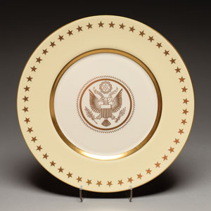 Franklin D. Roosevelt World's Fair/White House China Service Plate
