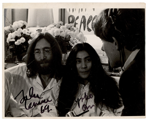 Beatles: John Lennon and Yoko Ono
