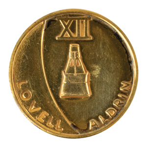 James Lovell's Gemini 12 Flown Fliteline Medallion