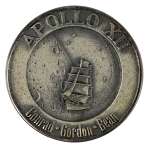Alan Bean's Apollo 12 Flown Robbins Medal