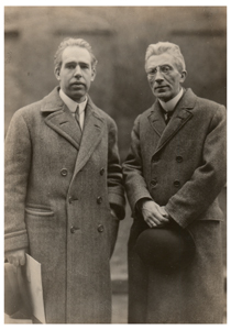 Niels Bohr and Ludwik Silberstein